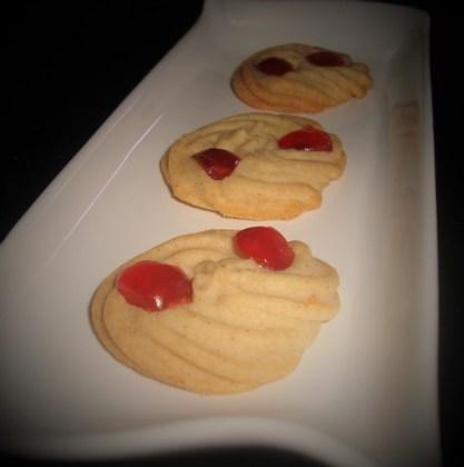 Biscuits sablés aux fruits confits sans oeufs2