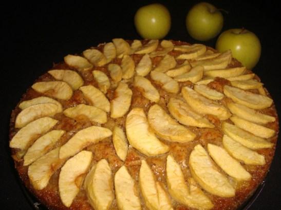 Gâteau normand aux pommes et à la gelée de pomme.jpg
