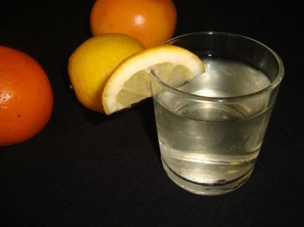 Eau aromatisée aux agrumes ( detox water ).jpg