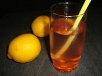 Eau aromatisée aux cerises et au citron ( detox water )