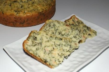 Gâteau à la ricotta, feuilles de blettes et saumon.jpg