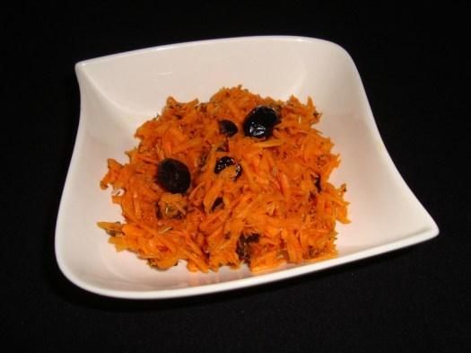 Salade de carottes râpées aux olives noires.jpg