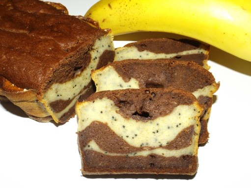 Cake à la banane marbré chocolat spiruline