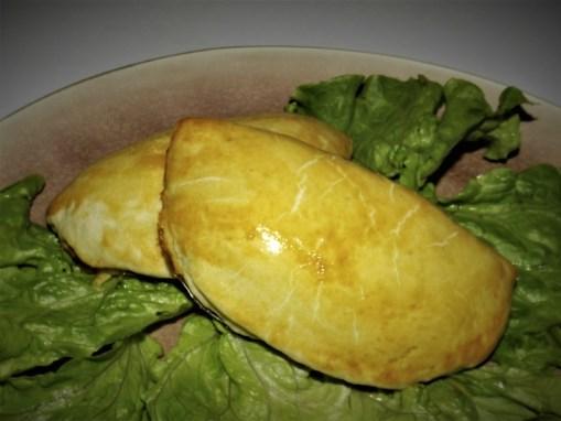 Empanadas au thon et aux tomates2