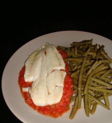 Mijoté de merlan à la tomate et à l'anchois.jpg