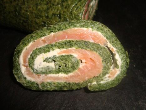 Roulé aux épinards, saumon et Boursin2