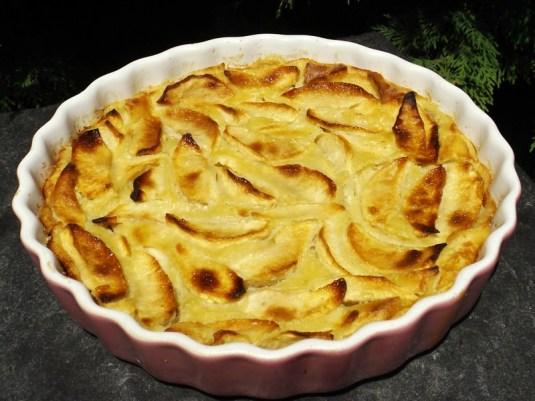 Tarte aux pommes avec pâte à crêpe.jpg