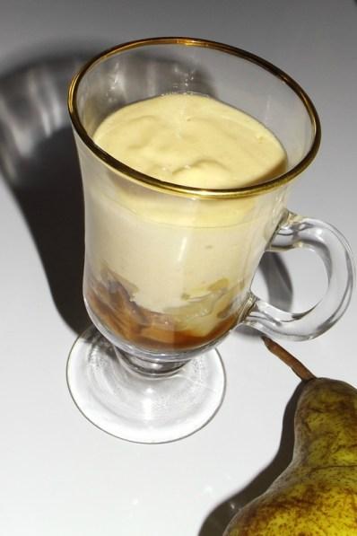 Tiramisu aux poires, à la vanille et aux spéculoos