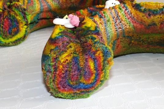 Zebra cake arc-en-ciel Licorne2
