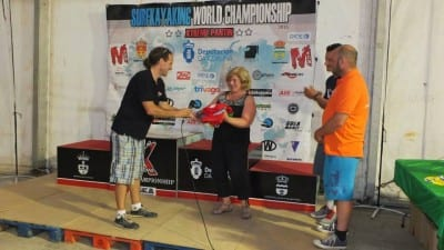 presentation of the surf kayaking world championship flag to the next host nation ie us 1