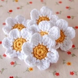 Tığ İşi Çiçek Motifi Modelleri (3)
