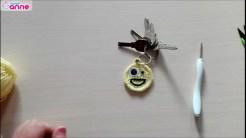 Tığ işi emoji anahtarlık yapımı (1)