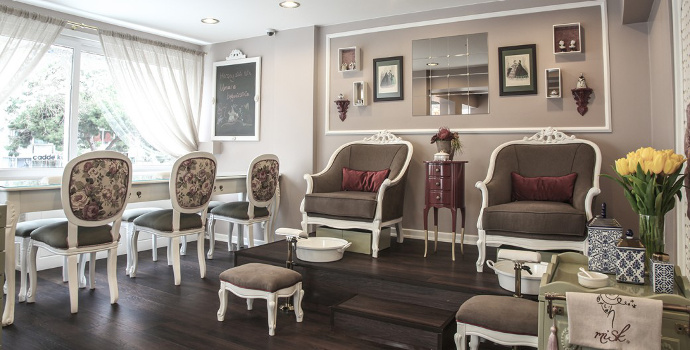 The interior of Misk Nail Spa