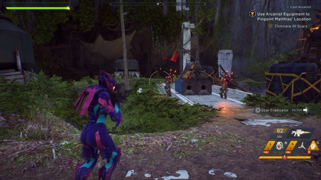 Interceptor Javelin in a fight with Scar enemies