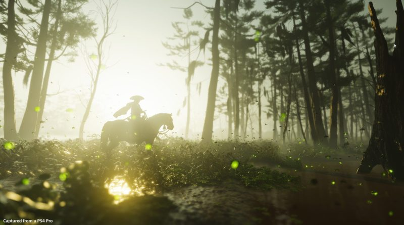 Ghost of Tsushima: Jin riding a horse through a forest, the sun setting behind.