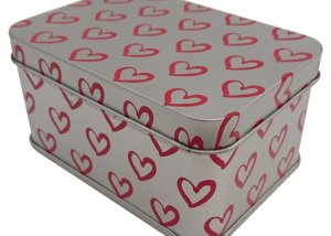 Cr16 100x71x50 - Heart Printed Custom Rectangular Tin Box