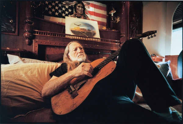 CIBASS Willie Nelson descansando