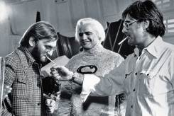 Producer-Pierre-Spengler-Marlon-Brando-and-director-Richard-Donner-having-a-smoke-break-on-the-set-of-Superman
