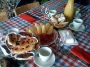 Esmorçar a Can Llonga