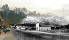 Main Street: current and late 1890s/early 1900s. ©Rob Alexander