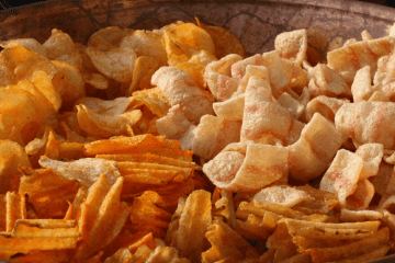 7 SNACKS FOR SALT-LOVING STONERS WITH THE MUNCHIES