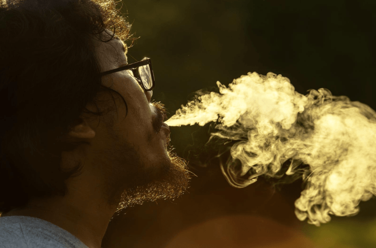6 Different reasons to smoke weed; a voyage across different cultures