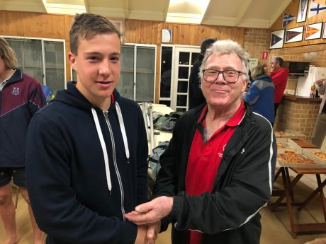 Tuesday 3rd September 2019 : Tonight's photo shows club member David Gardiner presenting tonight's winner Noah Boldy with $10 cash.
