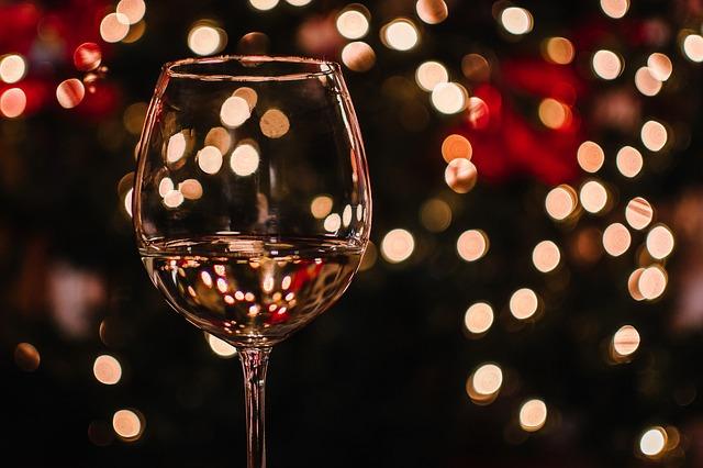 ワイン好き必読!幻の果実ポポーの実でつくられたポポーワイン飲んでみました。