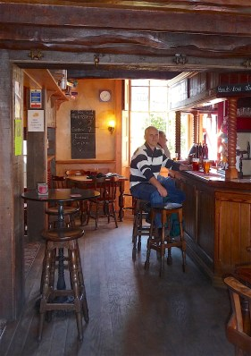 29.the Curfew Bath