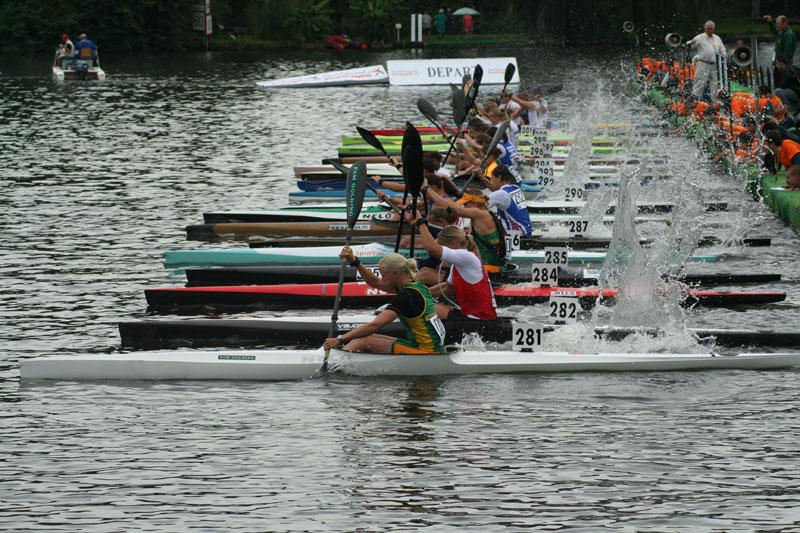 The start of a marathon kayak race