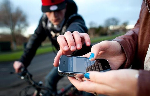 Cell Phone Thefts on the Rise in Topanga LAPD Area