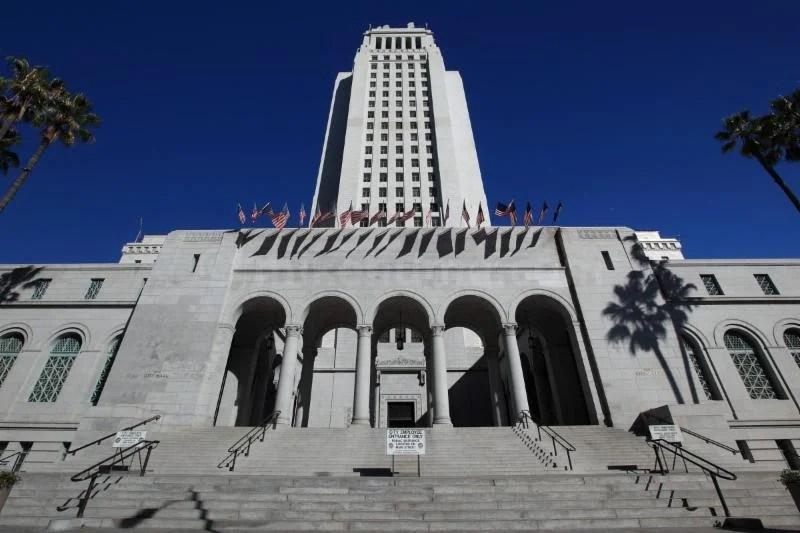 Report Shows Fiscal Improvement for LA
