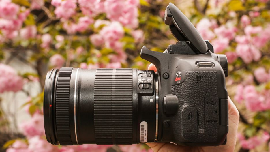 Canon T7i battery review