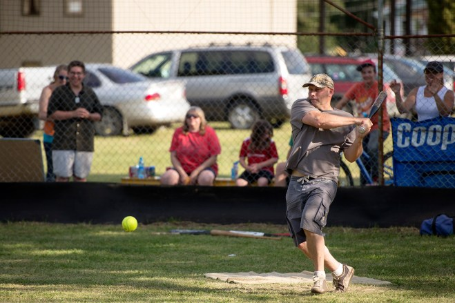 Softball: all-out effort