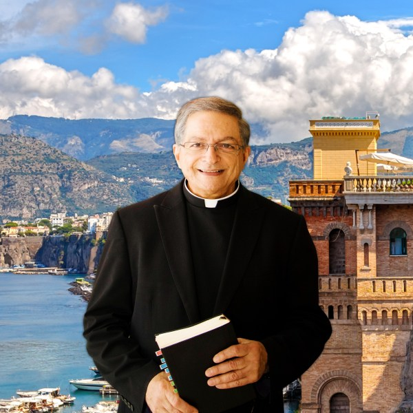Padre Nunez, Italy in the background