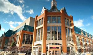 Wisconsin Center near Milwaukee, WI