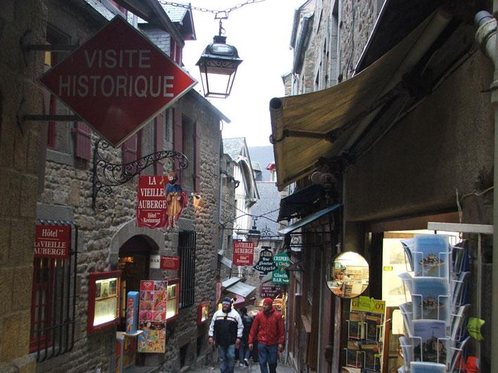 Mont Saint Michel ruas1