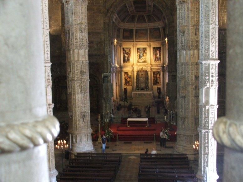 Lisboa-mosteiro-dentro3