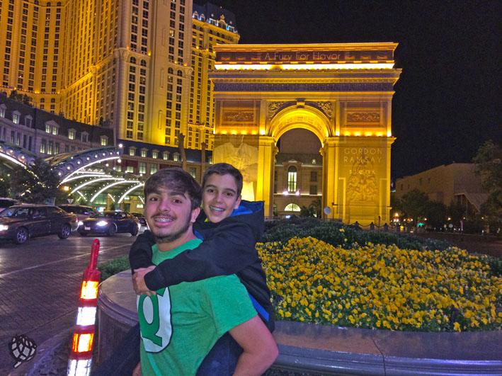 Paris Hotel JR e Arthur