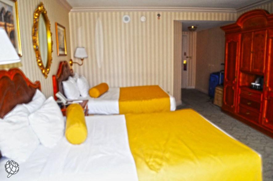 Paris Hotel quarto2