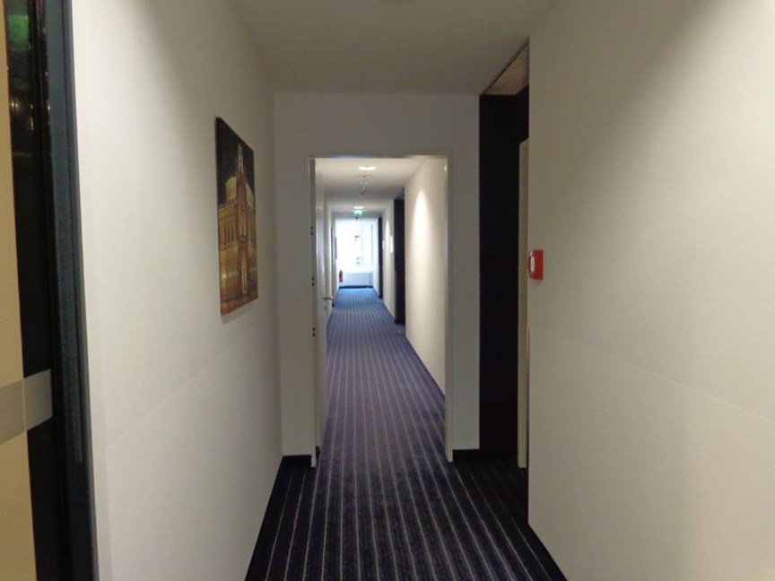 Holiday Inn Dresden corredor