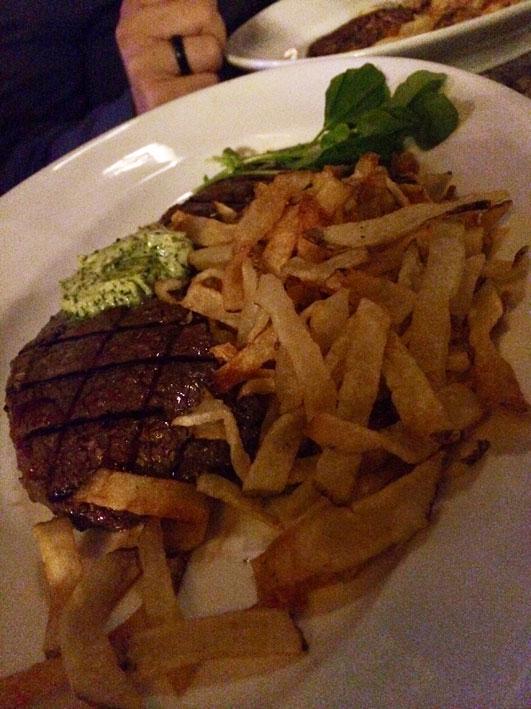 Jantar-Las-Vegas-Mon-Ami-roquefort