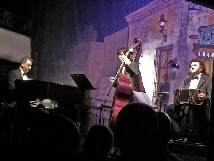 El-Viejo-Almacen-musicos1