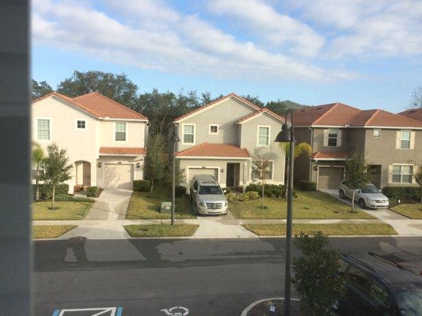 casa-alugada-Orlando-vista-quarto2