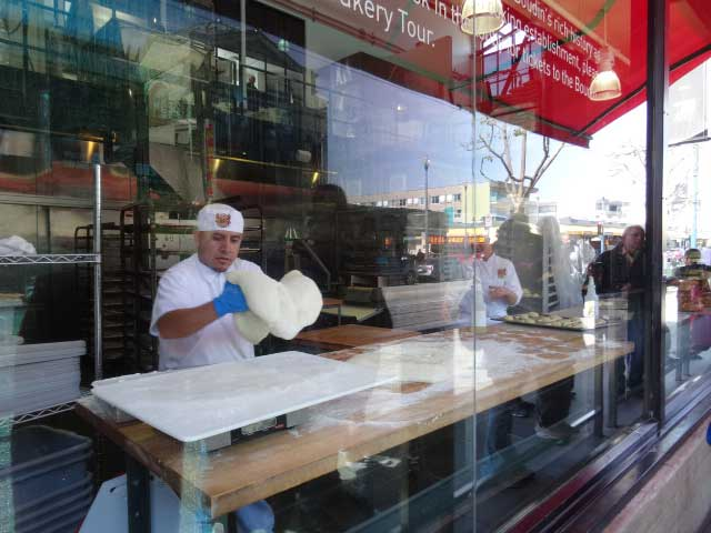 San-Francisco-Fishermans-wharf-boudin-vitrine2