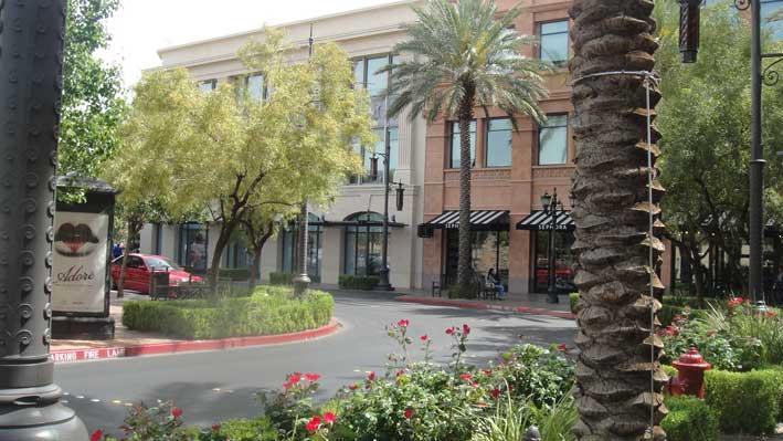 12-dicas-para-compras-em-Las-Vegas-alem-dos-outlets-town1