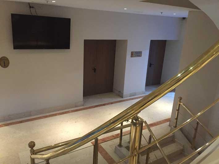 Hotel-perto-do-aeroporto-em-Bogota-subsolo