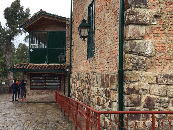 Cerro-de-Monserrate-caminho