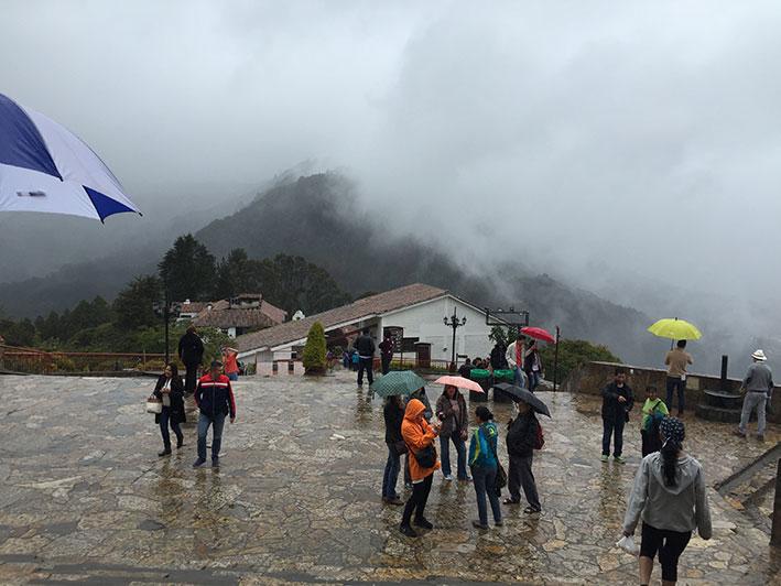 Cerro-de-Monserrate-neblina