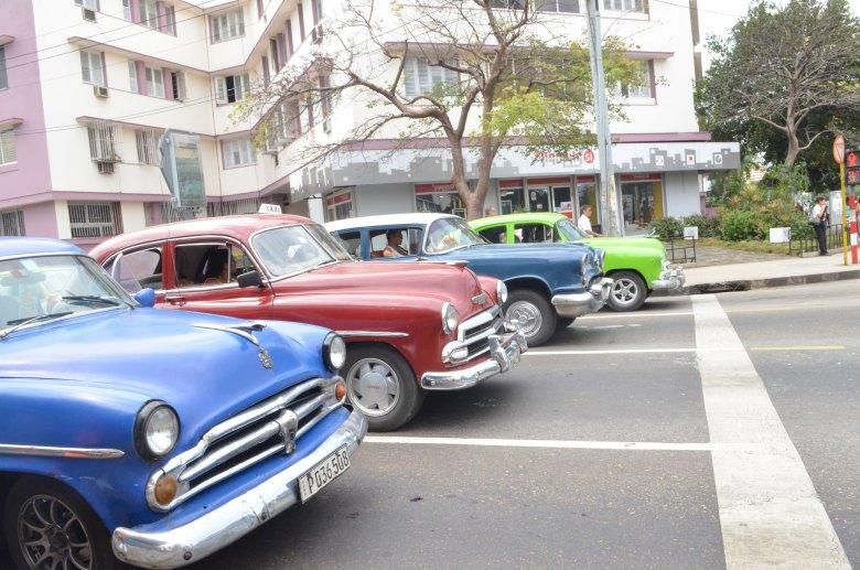 havana-a-capital-cubana-carros